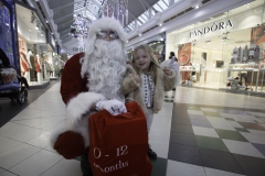 SANTA ARRIVES AT THE PYRAMIDS SHOPPING CENTRE, BIRKENHEAD... Pictured is Ella Howell,3 from Birkenhead.